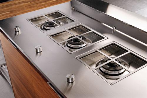 La cuisson design de lineaquattro inspiration cuisine for Plan de travail plaque cuisson