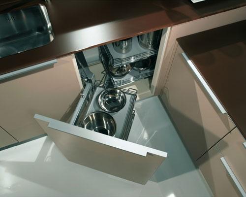 les rangements dans la cuisine : des angles rusés | inspiration ... - Tiroir Angle Cuisine