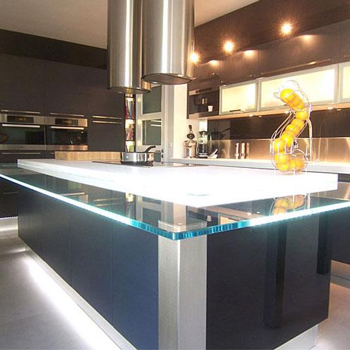 Une cuisine sur mesure pleine d 39 astuces inspiration cuisine - Ilot cuisine sur mesure ...