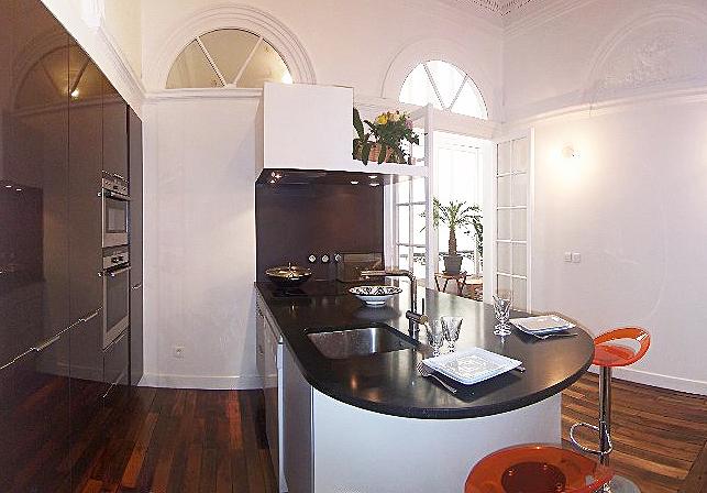 Cuisine Leicht. Réalisation Total Consortium Clayton. Photos inspirationcuisine.com
