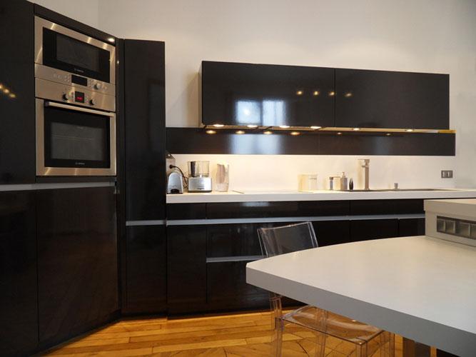 Cuisine Leicht. Réalisation Atelier Thierry Bergeron. Photos inspirationcuisine.com