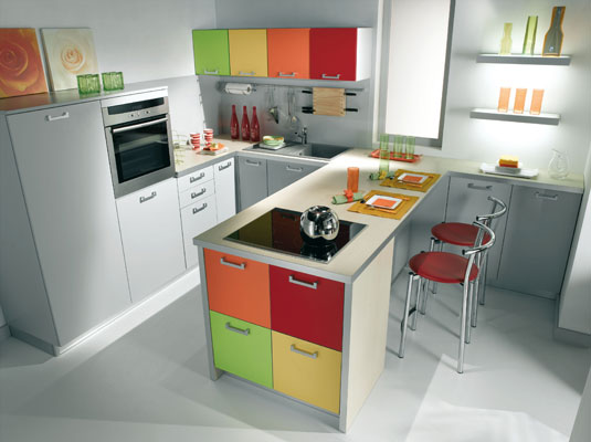 Mettez de la couleur dans votre cuisine l 39 offre des for Cuisine americaine dans petit espace