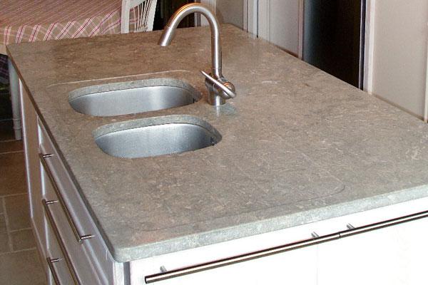 les pierres sont elles leur place dans la cuisine inspiration cuisine le magazine de la. Black Bedroom Furniture Sets. Home Design Ideas