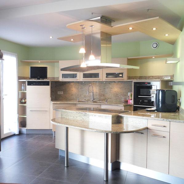 une cuisine quip e facile vivre inspiration cuisine. Black Bedroom Furniture Sets. Home Design Ideas