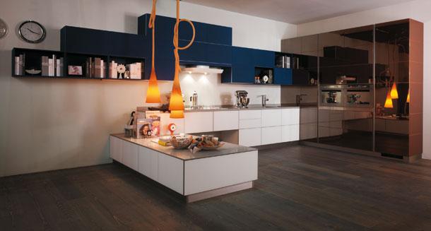 Tetris de Scavolini, cuisine graphique, cuisine en verre, cuisine italienne, cuisine aménagée, cuisine équipée