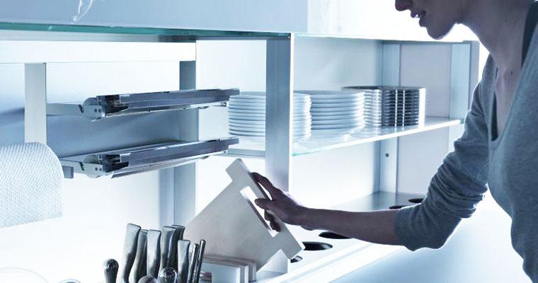 New Logica System de Valcucine, crédence aménagée, crédence de cuisine, rangement de cuisine cus
