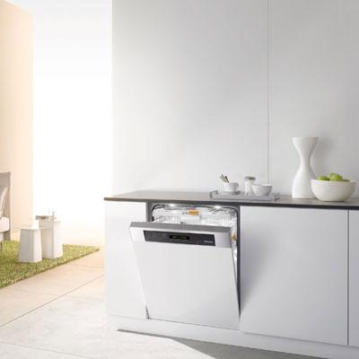 des lave vaisselles conomiques et silencieux. Black Bedroom Furniture Sets. Home Design Ideas