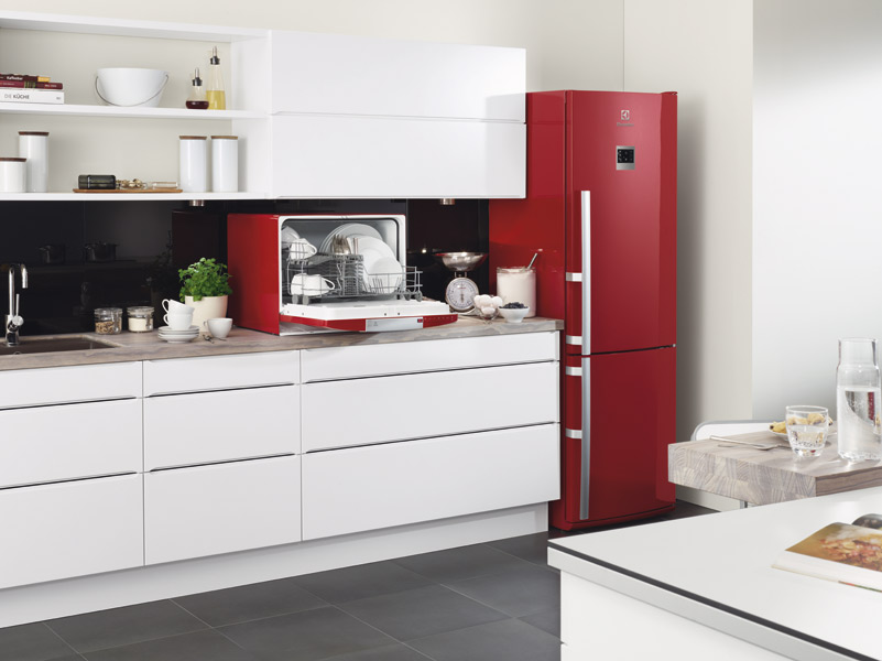 r frig rateurs electrolux aux couleurs gourmandes inspiration cuisine. Black Bedroom Furniture Sets. Home Design Ideas
