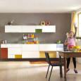 La cuisine blanche prend des couleurs