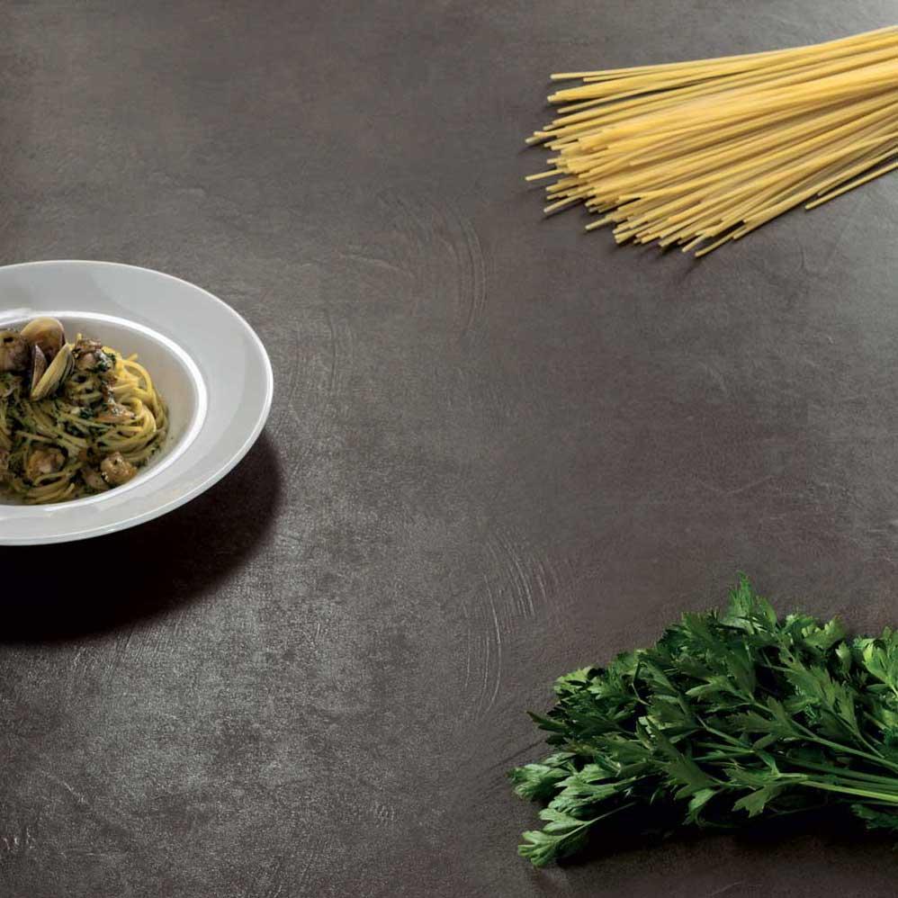 Sapienstone la nouvelle marque italienne de plans de - Marque cuisine italienne ...
