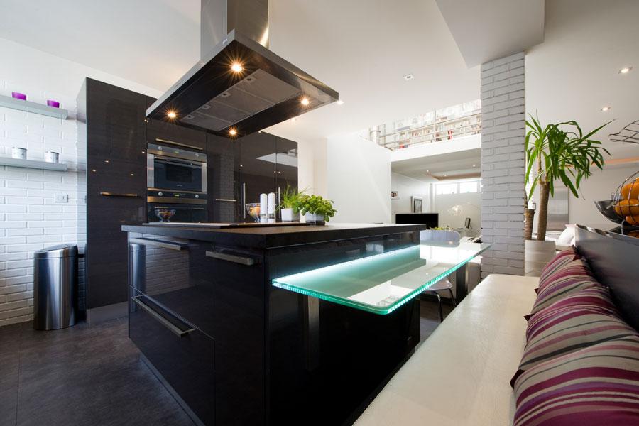cuisine haut de gamme-cuisine design-La cuisine dans le bain